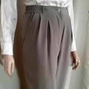 New CURVY SUEDED SILK Pants -Pleated- Lined Taupe